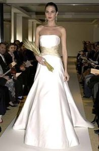 dress gold c herrera