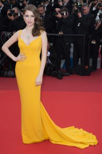 Anna Kendrick in Stella McCartney1