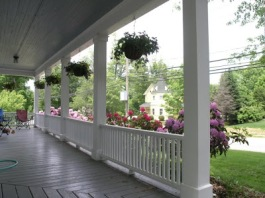 porch_railings_with_flowers